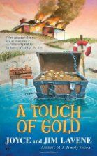 A Touch of Gold by Joyce and Jim Lavene (2011)
